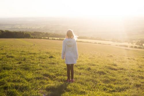 关于远嫁对父母愧疚的说说(精选16句)